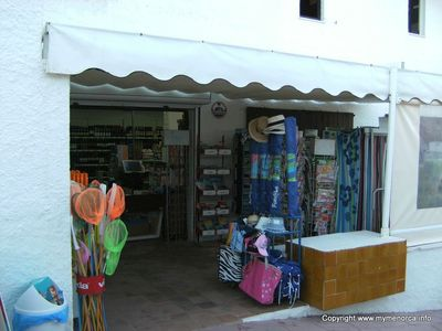 Cala Torret Mini Mart