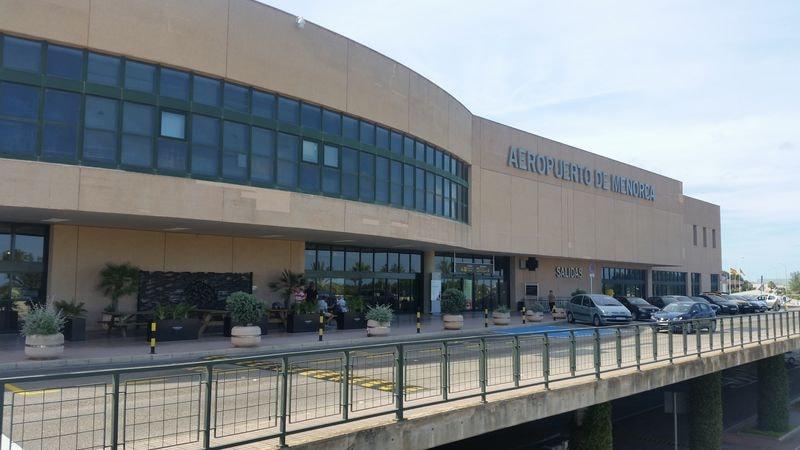 Menorca Mahon Airport Guide
